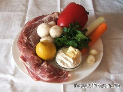 Ingrediente de trebuinta pentru muschiulet de porc cu legume, la tigaie.