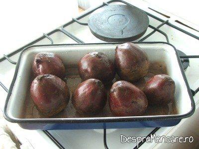 Sfecle spalate si uscate pentru salata de sfecla rosie.