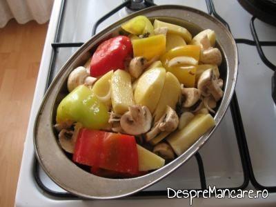 Legume pentru spata de porc cu legume si costita, la cuptor.