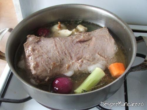 Inabusire pulpa de vitel in bere, pentru pulpa de vitel in sos de bere, cu piure' de urzici.