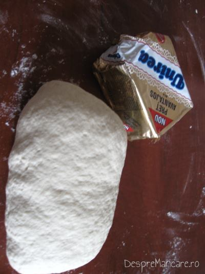Margarina Unirea utilizata la aluatul pentru tarte.