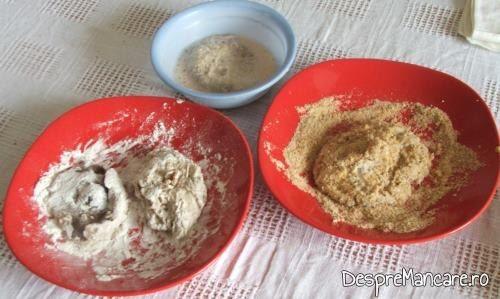 Ingrediente pentru pane' de nane - faina de grau, oua de gaina, batute cu telul, pesmet.