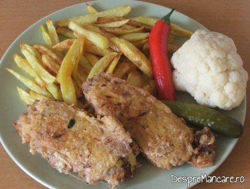 Terina din costita si carne afumata de porc, legume si carne de vitel, fierte.