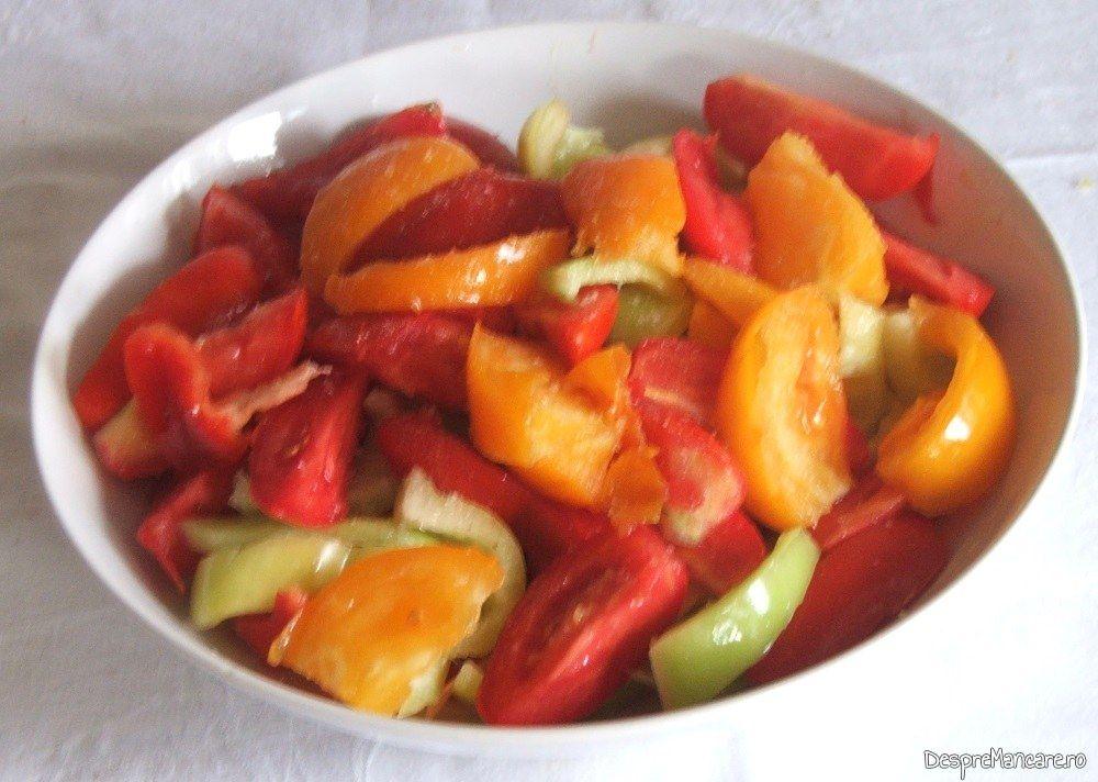 Legume taiate mare pentru amestec de rosii si ardei gras, capia, gogosari, pentru iarna.
