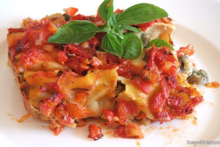 Canelloni umplute cu ciuperci in sos de rosii.