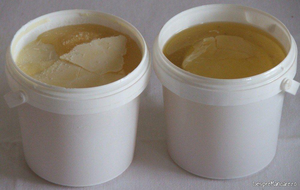 Sos concentrat din gaina/ fond de pasare pentru supe/ supe crema si chiar ciorbe, pastrat in caserole cu capac la congelator.