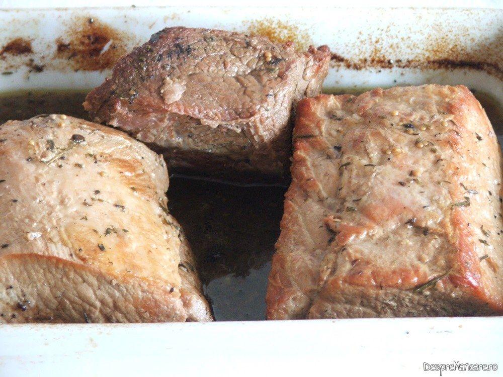 Muschi de porc si spata de vitel la cuptor, gata pregatite.