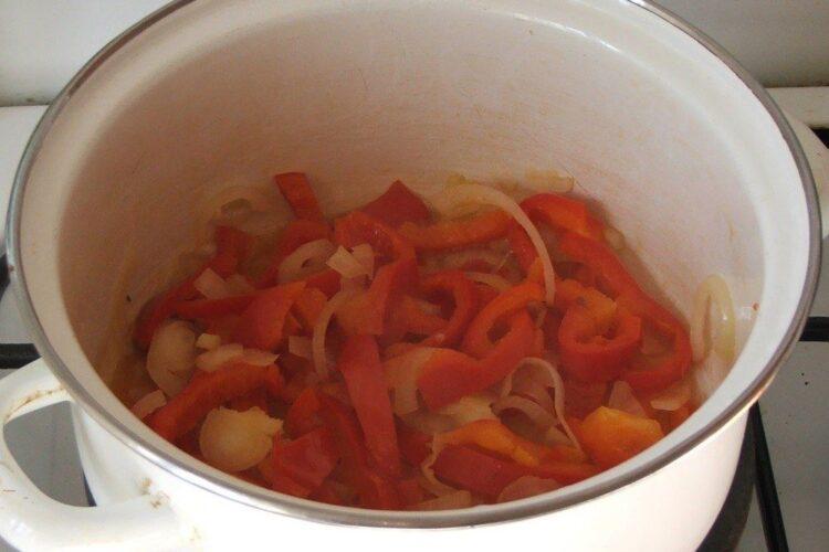 Calire ceapa uscata si ardei gras pentru varza murata, calita.