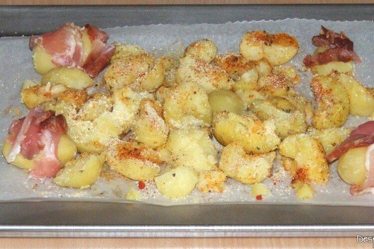 Cartofi crocanti si cartofi inveliti in bacon crocant pentru antricot maturat de vita cu cartofi zdrobiti.
