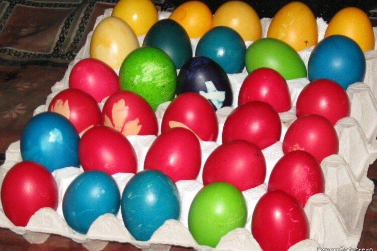 Oua vopsite pentru sarbatoarea de Paste 2017.