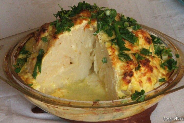 Conopida impanata cu mozarella, acoperita cu iaurt, la cuptor - preparatul a fost taiat fara a se reintari lactatele.