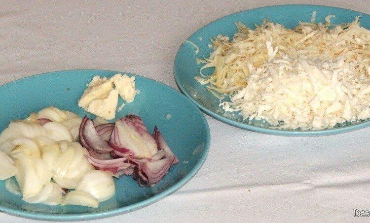 Ingrediente de trebuinta pentru supa de ceapa.