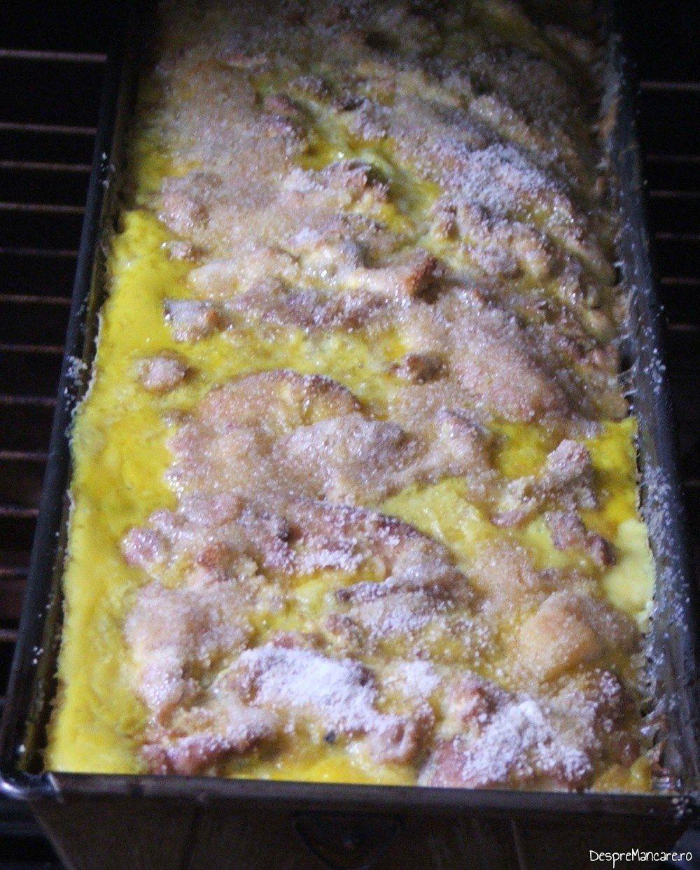 Creier de porc cu ciuperci si sparanghel la cuptor - preparatul se coace in cuptorul incins al aragazului.